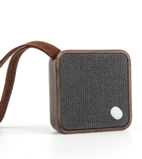 Square Pocket Speaker Walnut