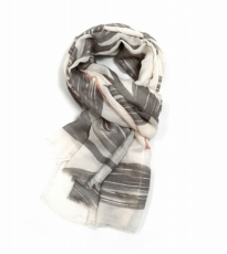 Large Leaf Scarf Grey